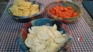 verduras_cortadas_pierna_pavo_asada